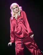Nov 24, 2010 - Pixie Lott - The Crazycats Tour 5ca26c108402079