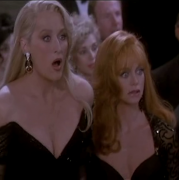 Meryl Streep & Goldie Hawn cleavage ... from DEATH BECOMES HER (10 non-HD caps)