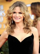 Kyra Sedgwick ~ 17th Annual SAG Awards arrivals 1.30.11 x30 LQ