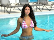 Leilani Dowding : Hot Wallpapers x 5