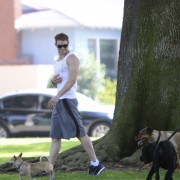 Kellan Lutz walking his dogs July 23rd Ac863289844446
