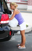 Kate Gosselin -- out & about (2010-07-31)